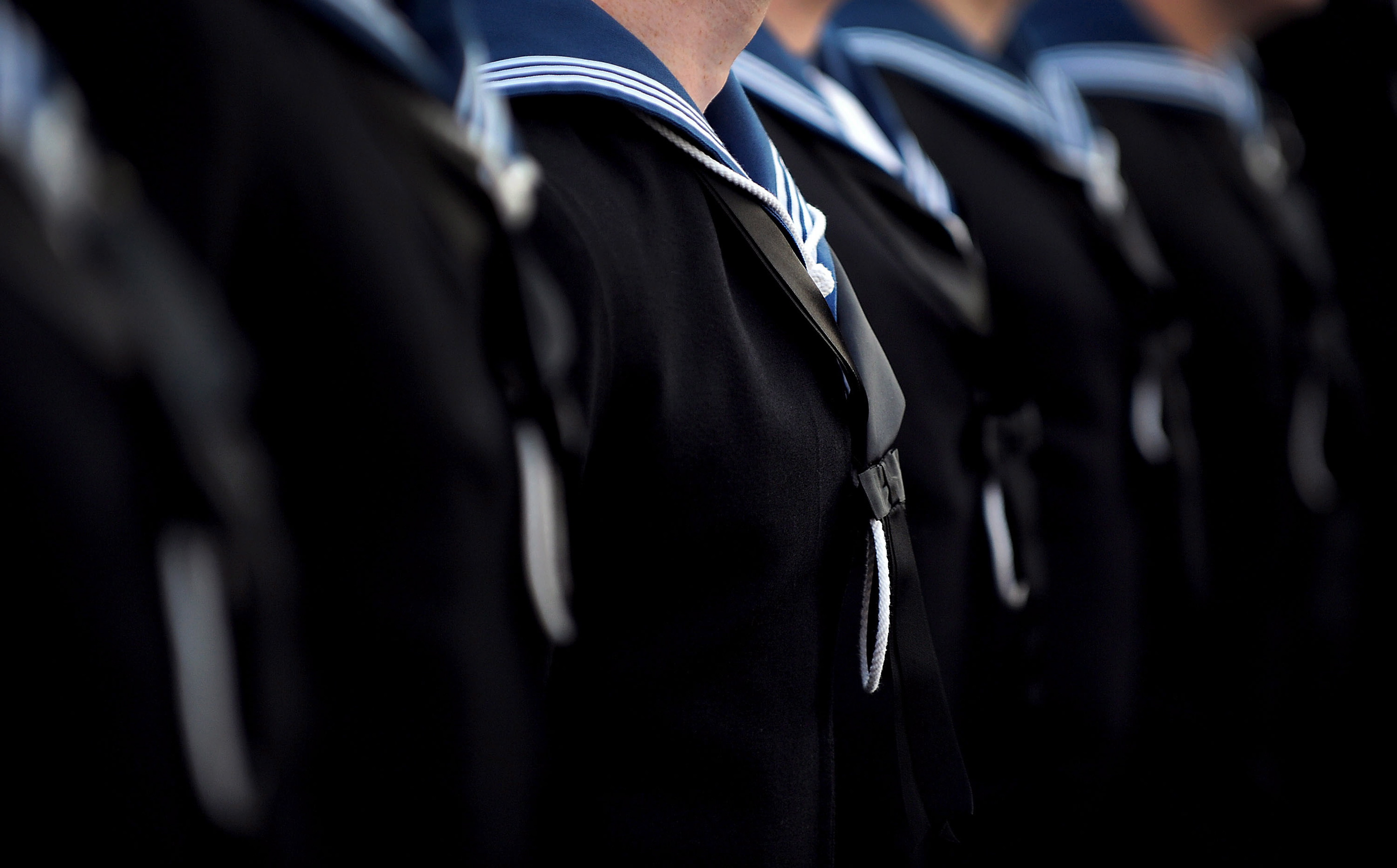 navy dating regulations Military dating rules and regulations can be confusing for someone who has never dealt with military issues when you become involved with someone in the military, you want to make sure you stay on the right side of those rules and regulations.
